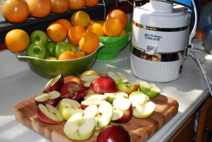 Making Homemade Apple Juice