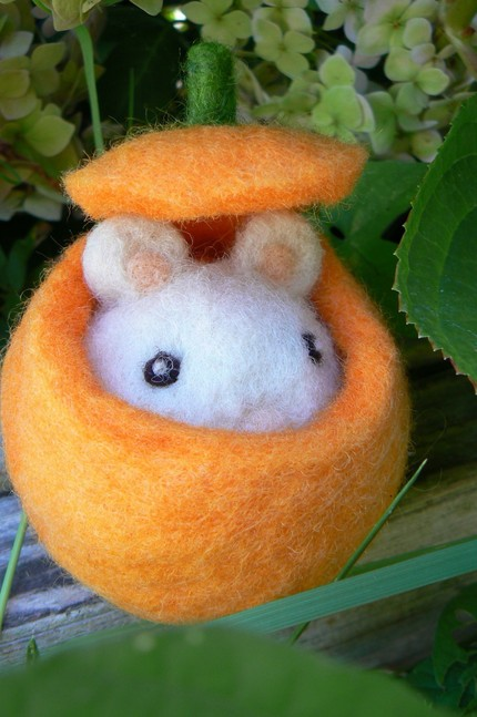 felted mouse toy